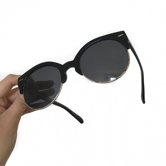 329d213389c0 Urban outfitters black sunglasses. M 5b6e4c459264af27f94e759b. Other  Accessories ...